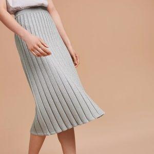 Aritzia Wilfred Chamfort Midi Skirt in Silver